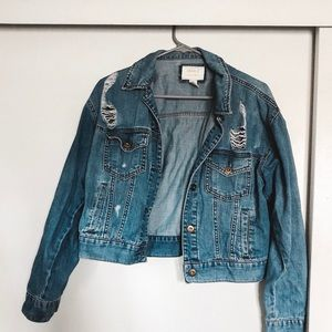 Cropped distressed denim jacket!!